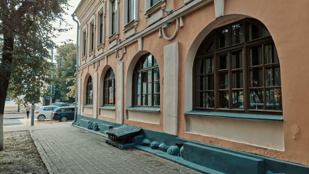 Брянская таможня: самый ранний памятник гражданской архитектуры