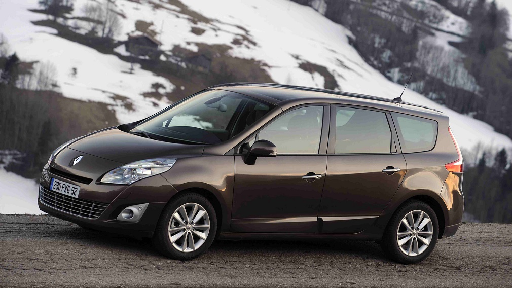Note, Scenic, Fusion: составлен топ-5 автомобилей для домохозяек по цене до полумиллиона рублей
