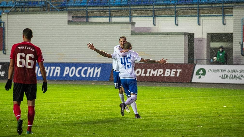 «Динамо» победило в Брянске без зрителей и под проливным дождём