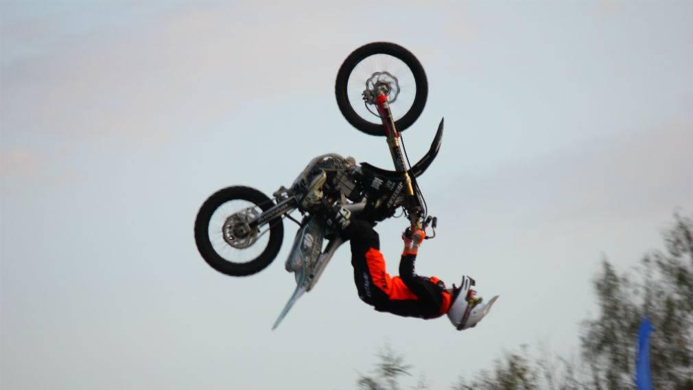 Мотофристайлеры выступили в Брянске на фестивале «Я могу»